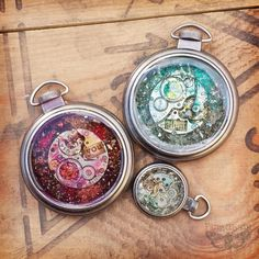 Finnabair: Art Recipe Wednesday: Vintage and Steampunk Pendants - I WANT TO MAKE SOME