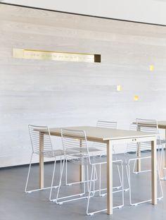 Arbeids- og flerbrukskirke, Bærum - Nyfelt og Strand Interiørarkitektur