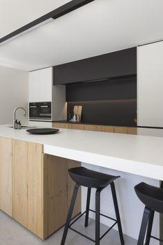 The Best Way To Incorporate Contemporary Style Kitchen Designs At Home Ikea Kitchen, Kitchen Interior, Kitchen Decor, Kitchen Ideas, Kitchen Counters, Kitchen Islands, Modern Farmhouse Kitchens, Home Kitchens, Contemporary Kitchens