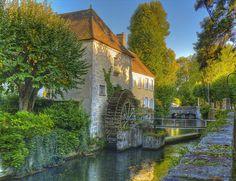 Watermill at Nemours - Seine-et-Marne dept. - île-de-France région, France ..www.tripsite.com