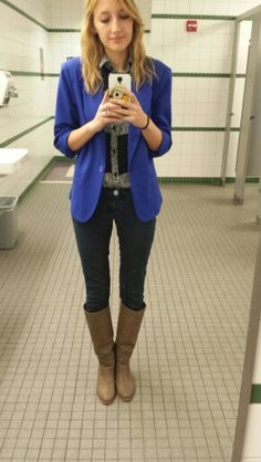 #ootd tan boots. Black skinnies. Striped cheetah print shirt. Blue blazer.