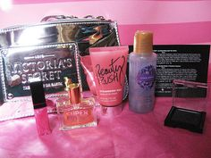 Victoria's secret make-up bag gift set