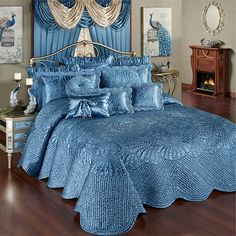 The meticulous, hand-guided machine quilting on the Portia II Sapphire Grande Oversized Bedspread makes each polyester satin piece a handcrafted treasure.Bedspreads and Oversized Bedspread BeddingShop Touch of Class for elegant bedspreads, comforters Coverlet Bedding, Blue Bedding, Comforter Sets, Chic Bedding, Modern Bedding, Linen Bedding, French Bedroom Decor, Contemporary Bed Linen, Daybed Covers