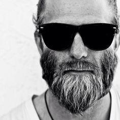 The Classy Issue — lifestyleoftheunemployed: Post College. Great Beards, Awesome Beards, Beard Cuts, Epic Beard, Beard Lover, Moustaches, Beard Balm, Beard Tattoo, Beard No Mustache
