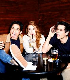 New picture of Holland Dylan and Tyler for Entertainment Weekly