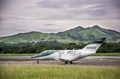 Honda Aircraft Company has recently cemented its claim of the HondaJet being the fastest jet in its segment after having been presented by the U. Honda, Aircraft, Vehicles, Crime Rate, Private Jets, Distance, Lifestyle, Youtube, Civil Aviation