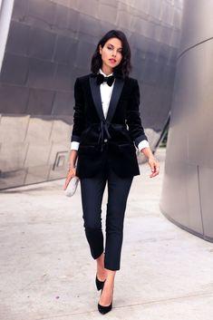 8ea6712855c How are you mixing feminine and masculine style in your wardrobe  Terno  Feminino Preto