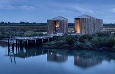 Cabanes romantiques à la tombée de la nuit - Ma belle petite cabane en bois - CôtéMaison.fr