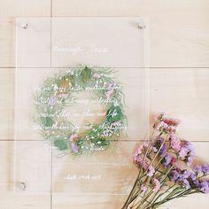 無印のアクリルボード×押し花を使った結婚証明書の作り方   marry[マリー] Wedding Certificate, Marriage Certificate, Happy Marriage, Wedding Events, Weddings, Photo Booth, Wedding Flowers, Wedding Planning, Floral Wreath