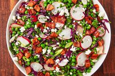 This Pea Salad Has An Unbelievable Bacon Vinaigrette Delish Vegetable Salad, Vegetable Dishes, Vegetable Pizza, Spring Soups, Winter Soups, Spinach Salad Recipes, Spinach Strawberry Salad, Phyllo Recipes, Cooking Recipes