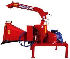 Tocator 250E proiectat pentru tocarea crengilor si trunchiurilor de copaci cu diam. maxim 250 mm.  Este o masina de tocat cu disc, cu sistem pn