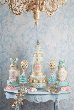 Dusty blue | Colors | WedLuxe Magazine