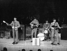 Ringo using The Dakota's drums
