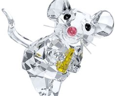 This little clear crystal mouse is so happy with her little cheese in Light Topaz crystal!  мышь  $ 65.00  Этот маленький ясный кристалл мыши так счастлива со своим маленьким сыром в свете Топаз кристалла! T не игрушка. Не подходит для детей в возрасте до 15 лет. Размер: 1 1/8 х 1 3/8 х 1 1/8 дюйма Статья не № .: 5004691 Дизайнер: Элизабет Adamer
