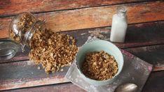 Granola z orzechami - chrupiąca i pyszna Granola, Gluten Free Recipes, Free Food, Cereal, Food And Drink, Breakfast, Fit, Morning Coffee, Shape