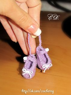 #souvenir #crochet_slippers #crochet_baby_booties by Elena Daniliuk (Odessa, Ukraine)  official page - www.vk.com/crocheting