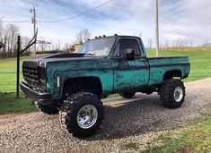 Discover recipes, home ideas, style inspiration and other ideas to try. Custom Pickup Trucks, Classic Pickup Trucks, Chevy Pickup Trucks, Gm Trucks, Diesel Trucks, Cool Trucks, C10 Chevy Truck, Chevy Pickups, Jeep Truck