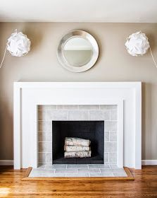 Modern Fireplace Tile Ideas for Your Best Home Design - Rose Gardening Fireplace Tile Surround, Fireplace Redo, Simple Fireplace, Fireplace Hearth, Fireplace Remodel, Living Room With Fireplace, Fireplace Surrounds, Fireplace Design, New Living Room