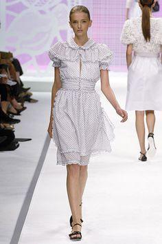 Fendi Spring 2006 Ready-to-Wear Fashion Show - Gemma Ward