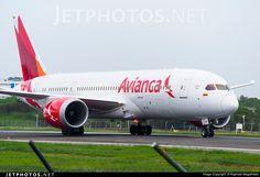 Avianca Colombia Boeing 787-8 Dreamliner (registered N791AV; photo by Raphael Magalhães)