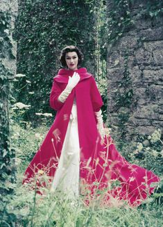 Anne Gunning in gown and evening coat by Sybil Connolly, photo by Milton Greene, Ireland, 1953