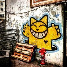 Street art ! 👾🐱 #streetart #art #cat #mrlechat #lechat #chat #yellow #jaune #urbanart #wallart #artist #urbanart #trouville #normandie #deauville #france #graff #graffiti #tag