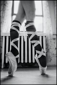 Use to take toe--pretty sure my fat hiney would break my toes if I did this now!!!