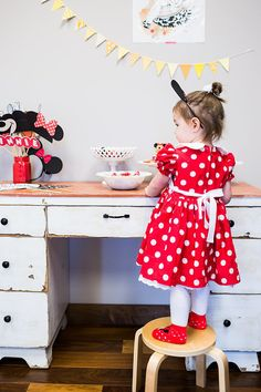 The Bachelor's Molly Mesnick's Minnie Mouse Birthday Party   POPSUGAR Moms