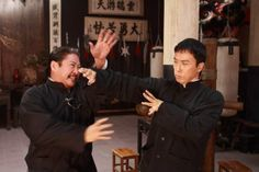 Donnie Yen and Sammo Hung in Ip Man 2 Wing Chun Martial Arts, Best Martial Arts, Chinese Martial Arts, Martial Arts Movies, Martial Artists, Man 2, Ip Man, Best Action Movies, Action Film