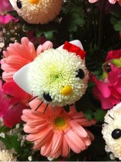 hello kitty flower- @Amee Barnett this is exactly what I was telling you about!!!