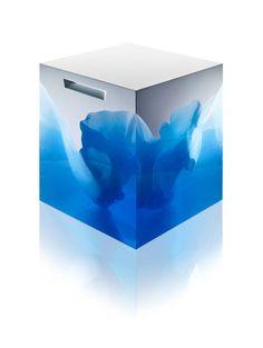 Beautiful Table with Splendid Blue Iceberg Sculpture Inside – Fubiz Media