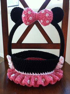 Crochet Pattern: Girl Mouse Halloween Trick-or-Treat Bag Basket, Permission to Sell Finished Items