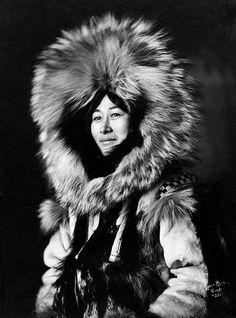 Nowadluk, Eskimo woman by Lomen Brothers, ca. 1915. S)