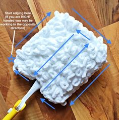 craft sale items Enjoy the long holiday weekend by making the Quick and Thick Duster Cover now, and then clean the house later ! Crochet Kitchen, Crochet Home, Crochet Gifts, Free Crochet, Knit Crochet, Yarn Projects, Crochet Projects, Knitting Projects, Sewing Projects