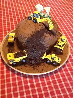 Construction site birthday cake.