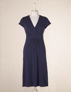 Cute dress for summer.