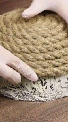 Rope bowl – Basteln/DIY im weitesten Sinne… – Home crafts Diy Crafts For Home Decor, Diy Crafts Hacks, Rope Crafts, Diy Arts And Crafts, Creative Crafts, Crafts To Make, Fun Crafts, Homemade Wall Decorations, Diy Straw