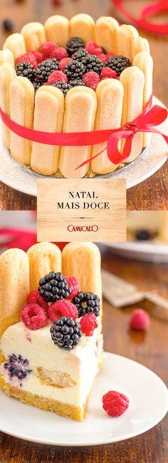 Presente na culinária russa, o Bolo Charlotte - ou Charlotte Russe - vai ser a atração na sua mesa de Natal. Quer saber a receita? Clique na imagem e confira em nosso blog.