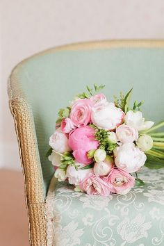 Love these colors together! Pink bouquet and mint. Peonies too!