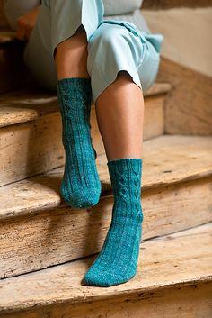 Ravelry: Arkin socks pattern by Rachel Coopey