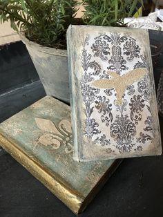 Vintage Book Class