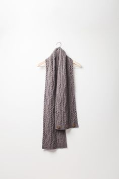Frieze scarf with buttons | Brooklyn Tweed