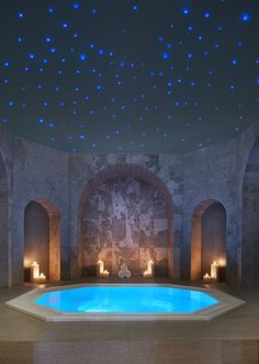 Jacuzzi with sky ceiling