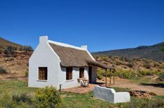 Enjo Nature Farm is a romantic weekend getaway in Cederberg Wilderness Area. Enjo Nature Farm is a great getaway that leaves you with las. Romantic Weekend Getaways, Romantic Vacations, Holland House, African House, Cape Dutch, Eco Buildings, Small Cottage Homes, Dutch House, Highland Homes