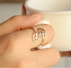 Cute Leaf Ring...matches my necklace!