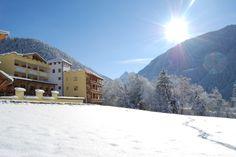 Südtiroler Naturidylle - Naturidyll Hotel Bergschlössl Mountains, Nature, Travel, Outdoor, Vacation, Pet Dogs, Outdoors, Naturaleza, Viajes
