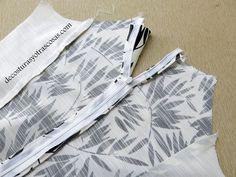 VESTIDO EN BLANCO Y NEGRO | De costuras y otras cosas | Bloglovin' Fashion Sewing, Lily, Couture, Pattern, Connect, Dresses, Manga, Facebook, Sewing Tips
