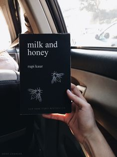 milk and honey rupi kaur poetry book, beige aesthetics tumblr hipsters photography instagram ideas inspiration bookstagram //