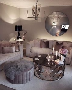 20 tips will help you improve the environment in your bedroom credit decoration interieur home decoration decoration salon Romantic Living Room, Glam Living Room, Living Room Decor Cozy, Living Room Goals, First Apartment Decorating, Furniture Decor, Modern Furniture, Furniture Shopping, Furniture Online