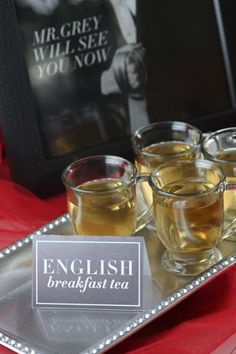 English breakfast tea at a Fifty Shades of Grey party | CatchMyParty.com